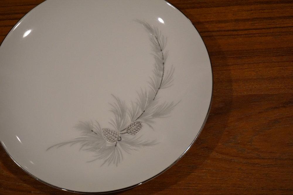 simple plate.JPG