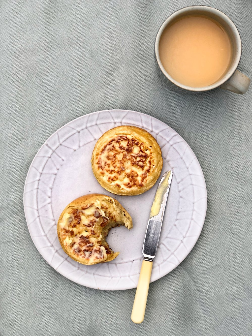 How to make crumpets - Margie Nomura - DESERT ISLAND DISHES