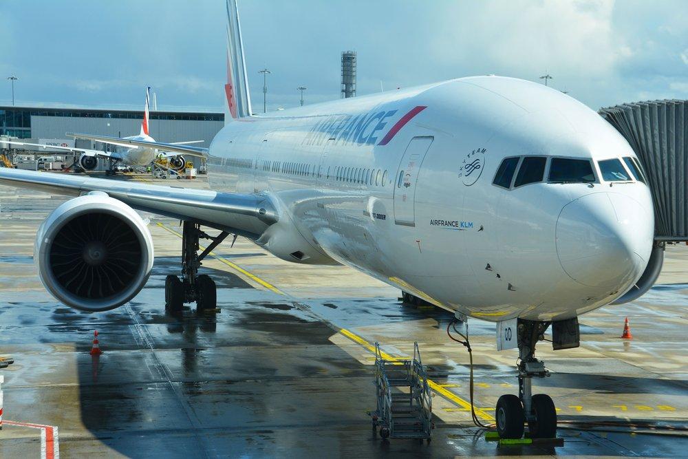 jet-1293508_1920.jpg
