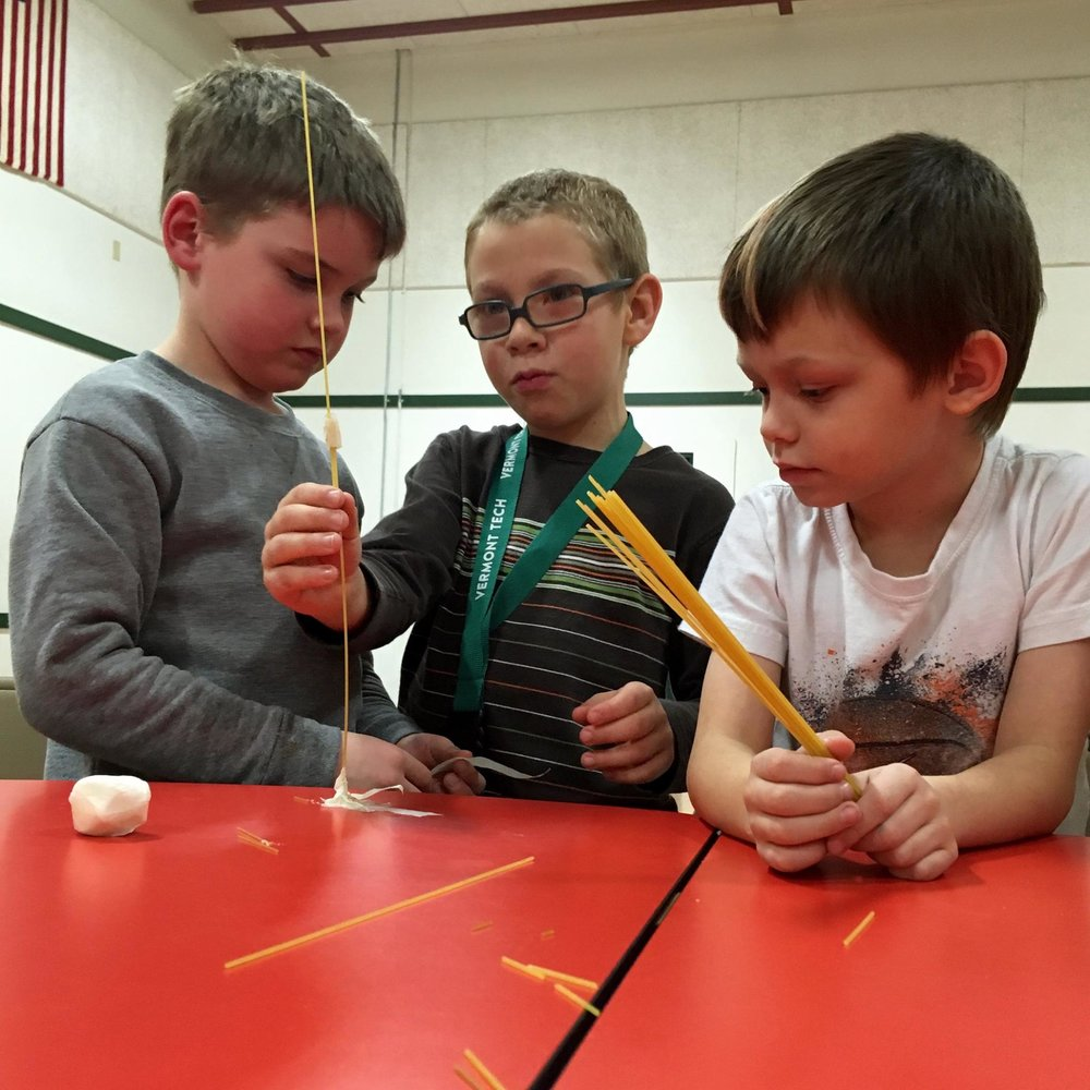 Lakeview Students take on the Marshmallow Challenge!