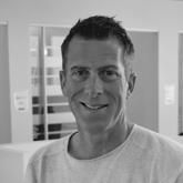 Terje Klungland - Gründer og daglig leder for gründerhuset CoWorx, som har hatt stor suksess i Kristiansand siden etableringen i 2016. Lang erfaring fra telekombransen, bl a som løsningsarkitekt i TDC og prosjektleder i Telenor. Har flere gründerprosjekter bak seg, bl a iCalls. Lederutdannelse fra Luftforsvaret. Entusiastisk og allsidig type med stort nettverk.