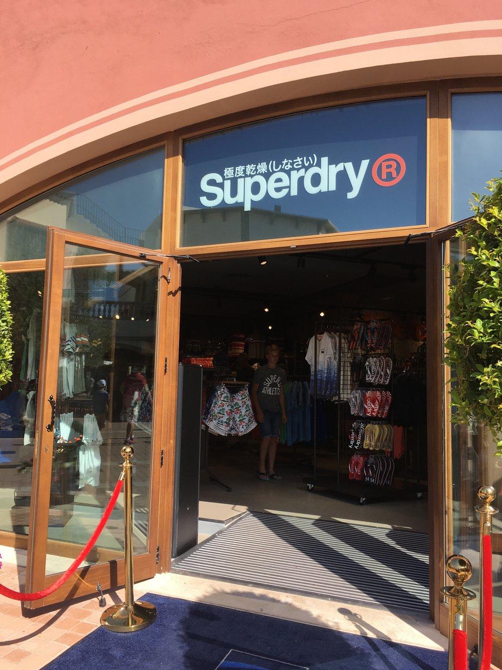 superdry.retail.architecture05.JPG