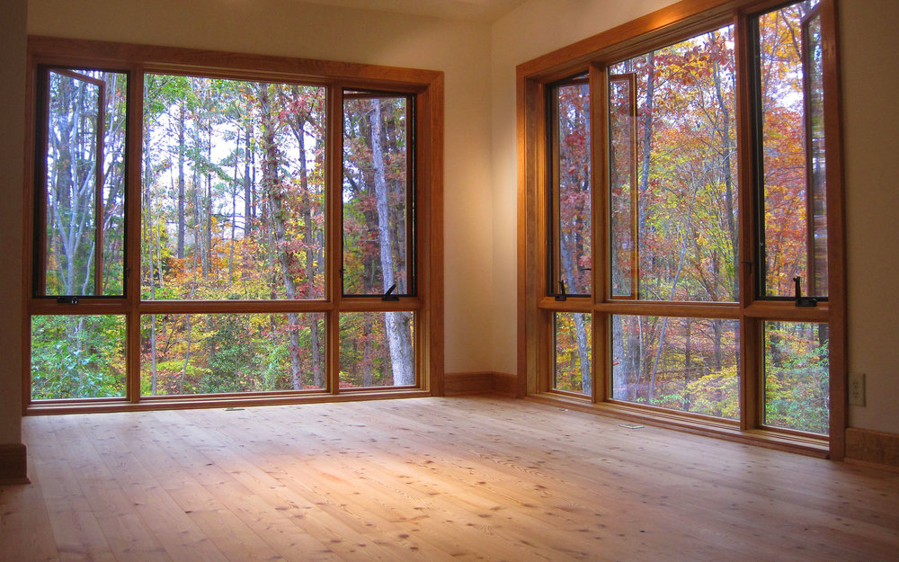 Large windows reveal stunning views.