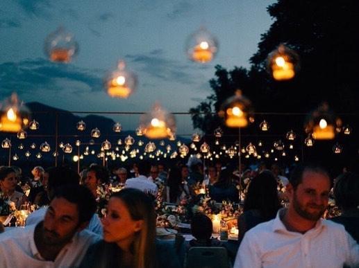 📷 @dani_la_reske • sea of lights in south tirol • a beautiful weddingconcept by @anmutundsinn • #weddinginspiration #wedding #bride2018 #braut2018 #bohemian #bridalinspiration #decoration #seehofkeller #italywedding #südtirol #southtirol #eventdecoration #weddingdecoration #seaoflights #weddingconcept #italy #kalternamsee #anmutundsinn #instabraut #sommerhochzeit #hochzeitsplanung #hochzeitsvorbereitung #braut2019 #braut2020