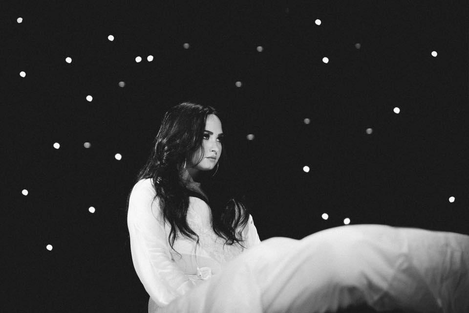 Demi Lovato - Le Petit Cahier