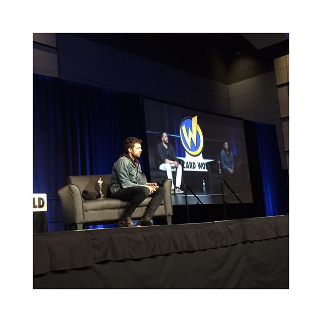 @imsebastianstan Q&A at @wizardworld ✌️ - #sebastianstan #wizardworldphilly #wwphilly #wizardworld #avengersinfinitywar #buckybarnes #wintersoldier