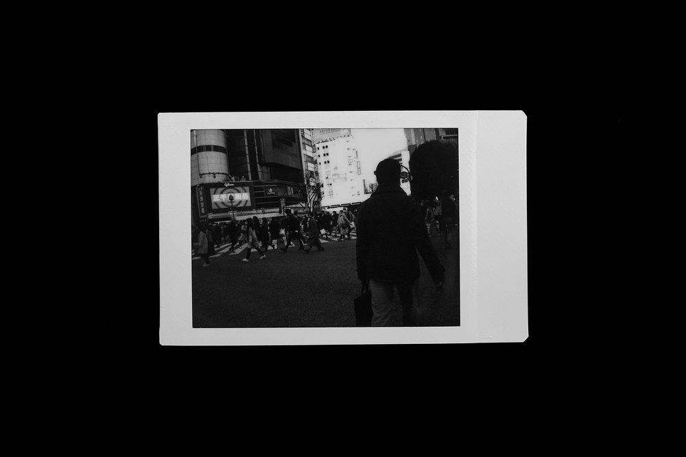 depicolzuane_7_polaroids_tokyo_01.jpg
