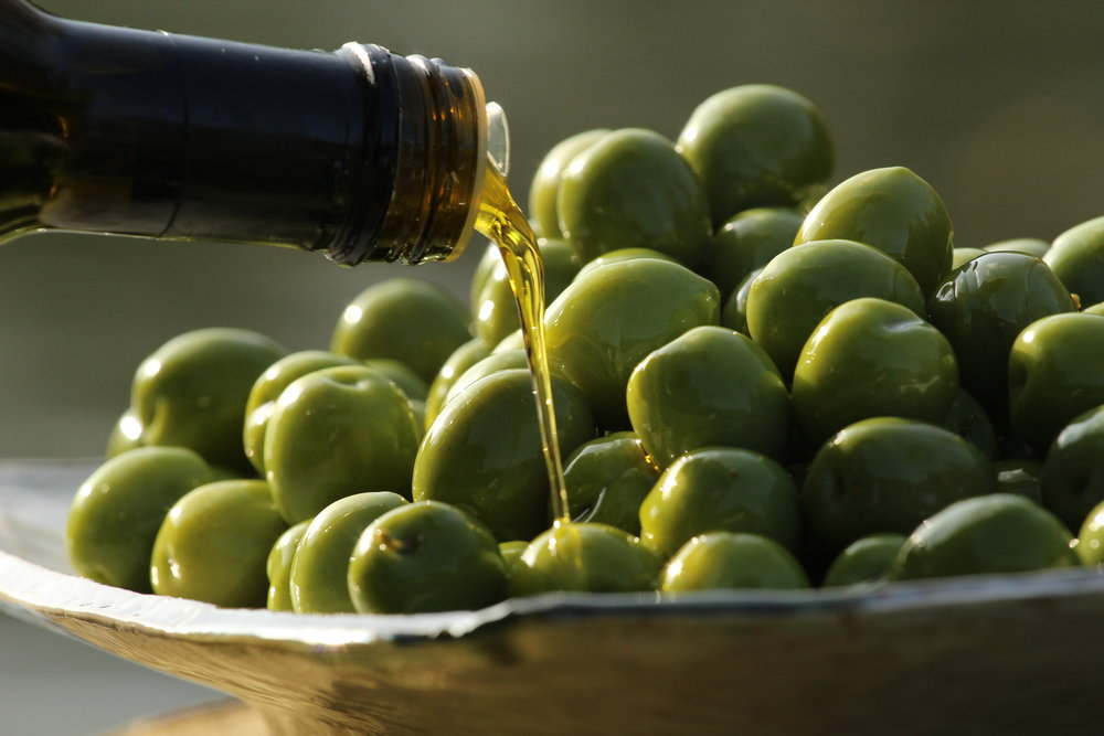 Nocellara with olive oil.JPG