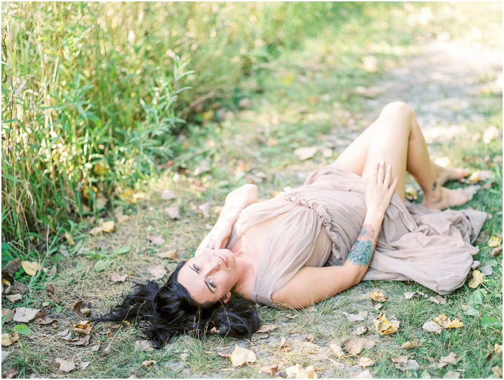 Natural Outdoor Boudoir Session at the Prairie- Lisa Silva Photography- Jacksonville, Florida Fine Art Film Wedding Photography_0036.jpg
