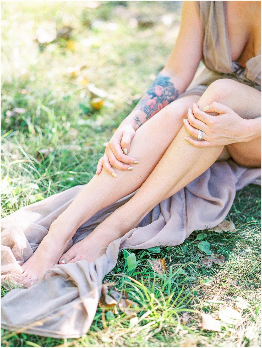 Natural Outdoor Boudoir Session at the Prairie- Lisa Silva Photography- Jacksonville, Florida Fine Art Film Wedding Photography_0038.jpg