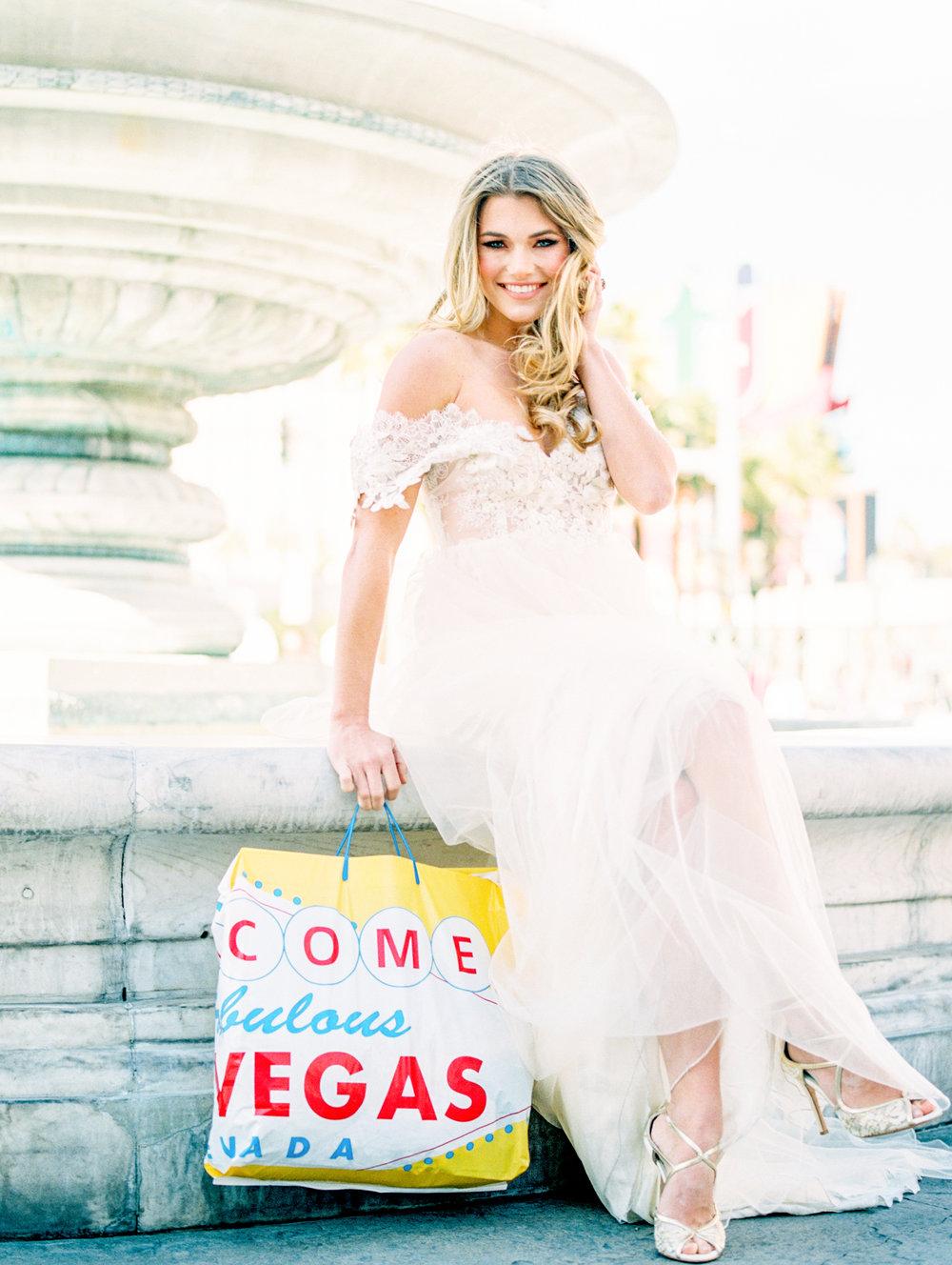 Waking Up in Vegas Editorial- Lisa Silva Photography-71.jpg