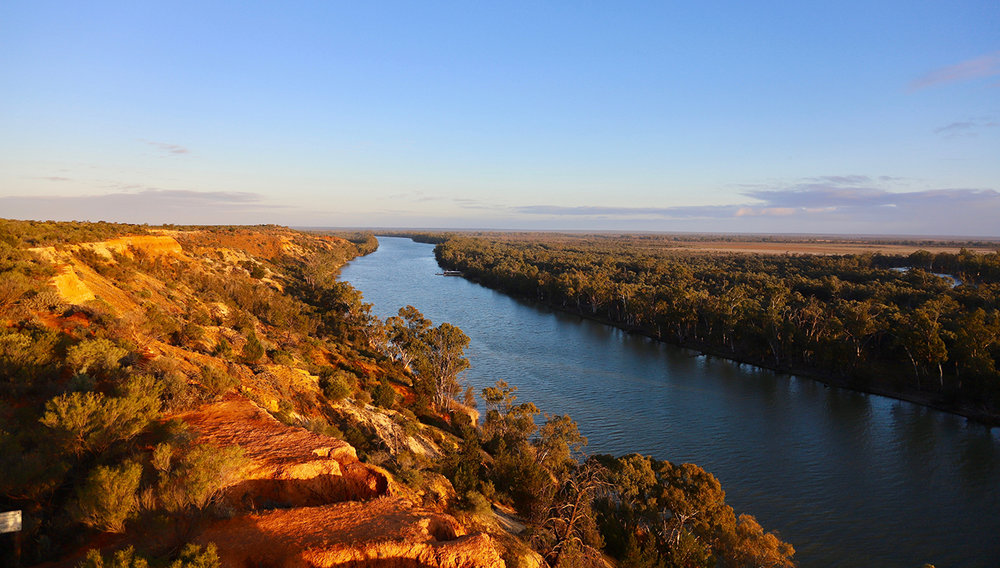 Australia - The Indian Pacific - Part OneThe Indian Pacific - Part TwoThe Murray River Walk