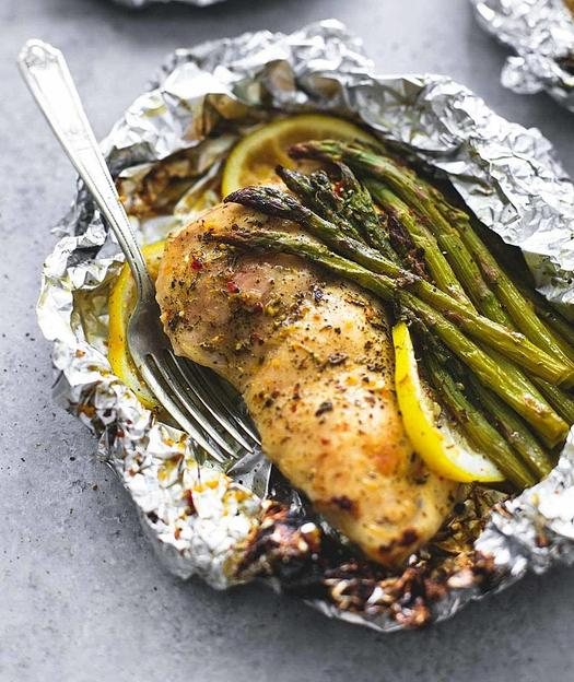 lemon-chicken-asparagus-foil-packs.jpg