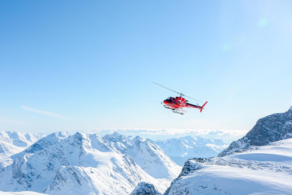 powderbird-greenland-heli-skiing6.jpg