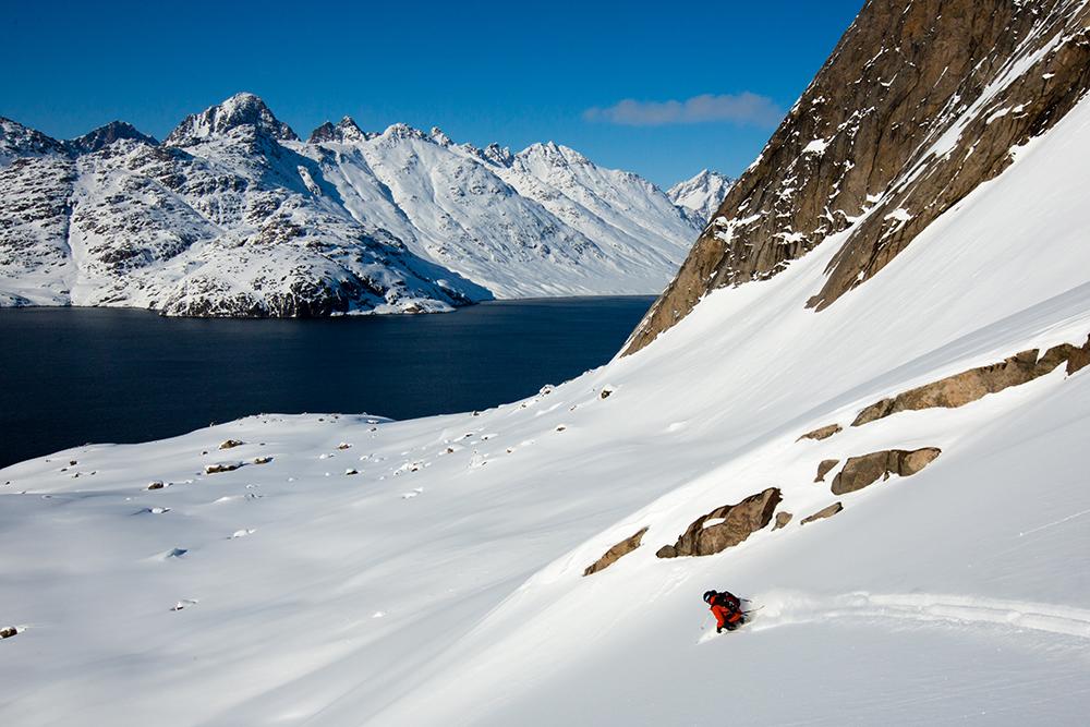 powderbird-greenland-heli-skiing26.jpg