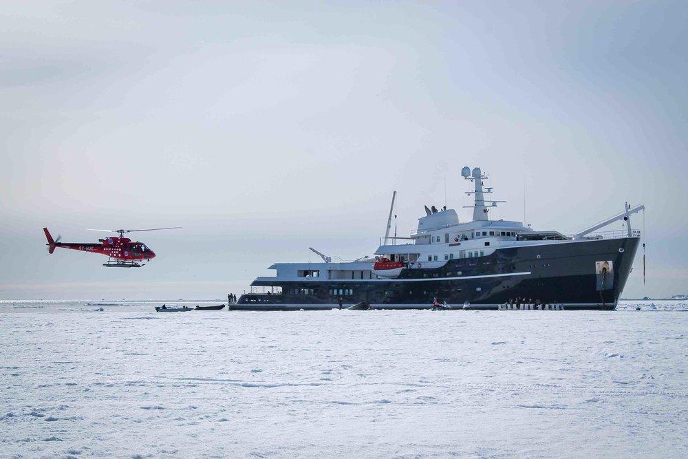 Powderbird-Greenland-Gallery-Images-Legend-Yacht5.jpg