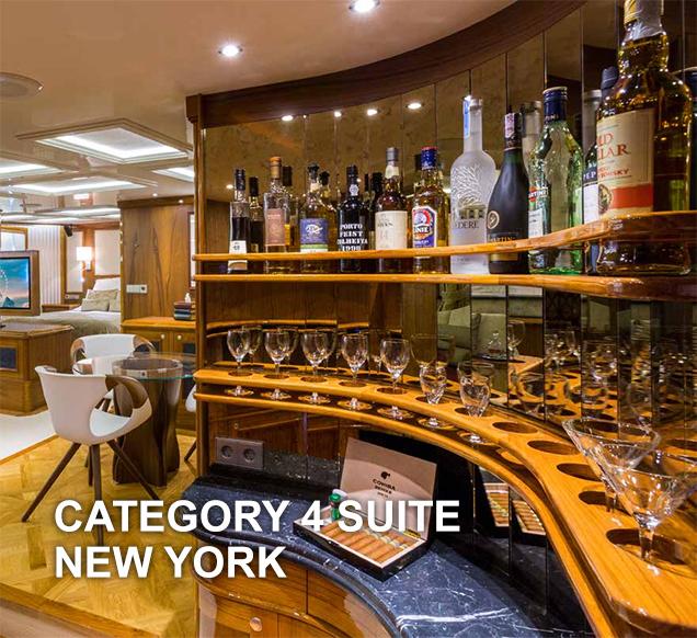 CAT 4 - NEW YORK BAR.jpg