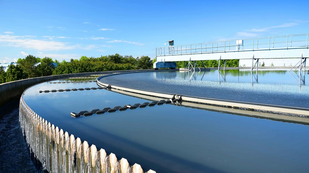 small-Modern-Urban-Wastewater-Treatm-33482216.jpg