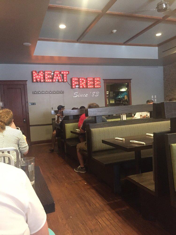 Chicago Diner3.jpg