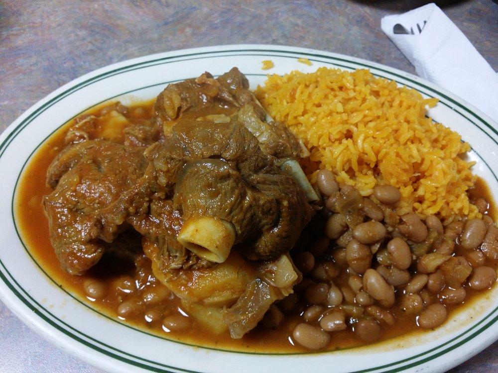 Café Central - $,West Town,Puerto Rican,BYOB