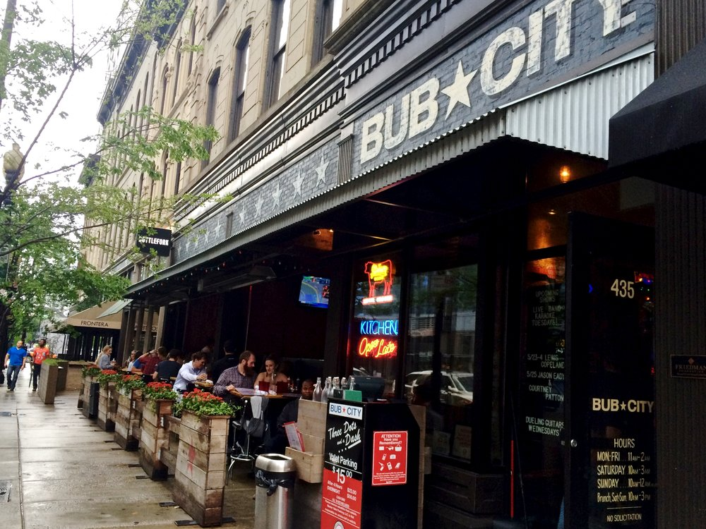 Bub City - $$, River North, BBQ, Gluten-free, Sidewalk Seating, Dog Friendly