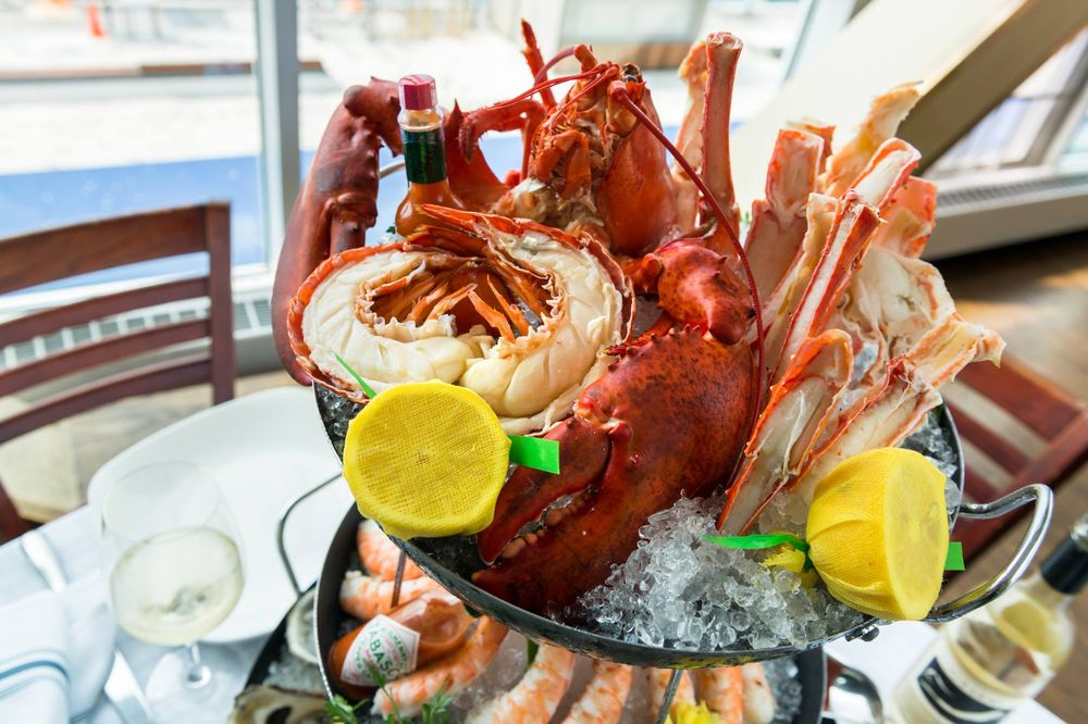 Riva Crab House - $$$, Navy Pier, Seafood, Patio Seating