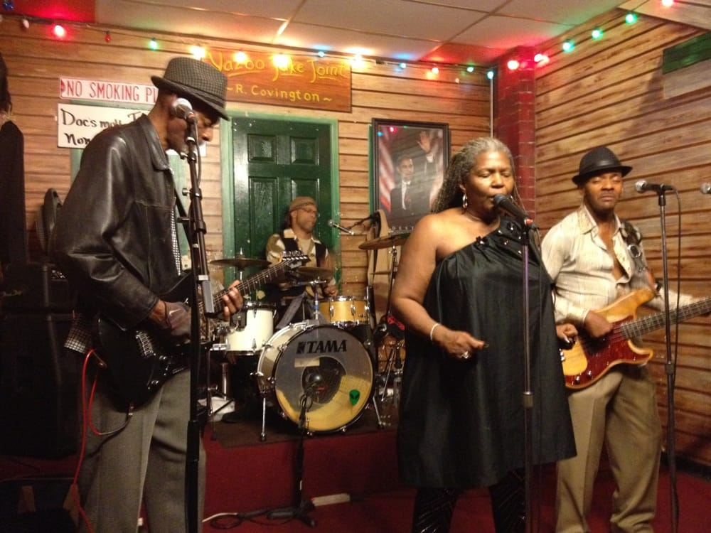 Kingston Mines - $$, Lincoln Park, Blues and Jazz, Dinner and Tunes