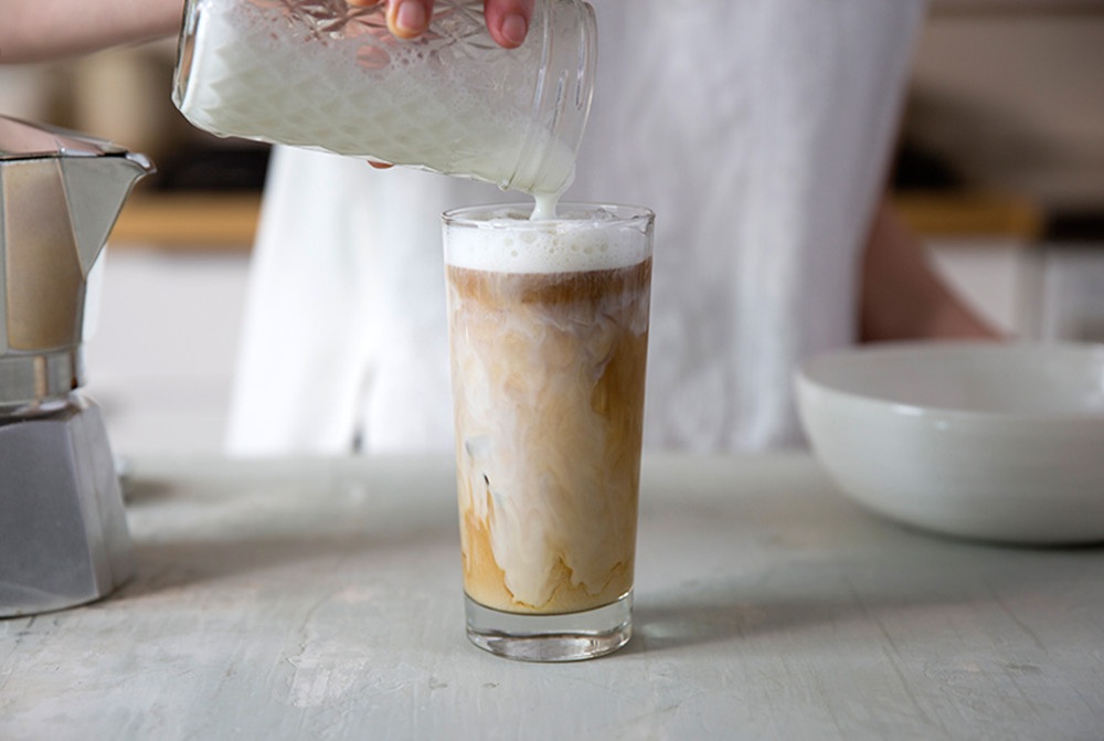 iced-latte-at-home-04.jpg
