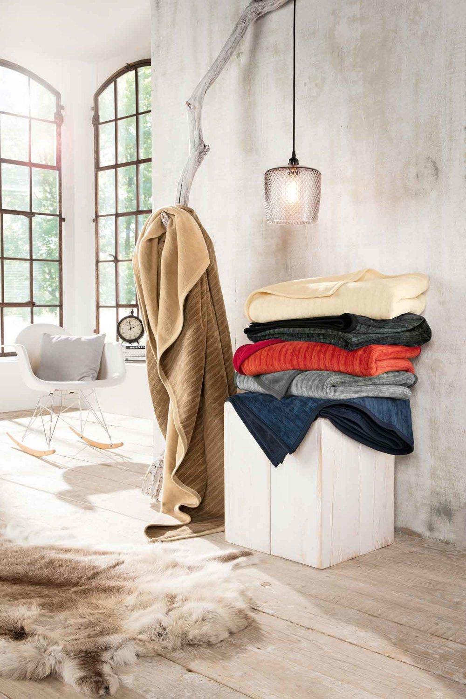 Heimtextilien - passend abgestimmt zu Ihren Dekorationenhochwertige BettwäscheDekokissen, Wohndecken und mehr