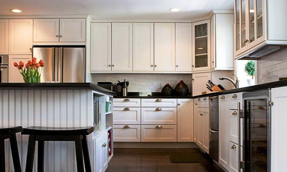 white-kitchen-cabinets-remodeling-cleveland-oh.jpg