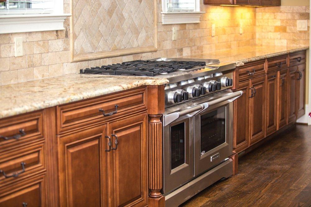 custom-cabinetry-millwork-range-tile-detail-backsplash-280218.jpeg