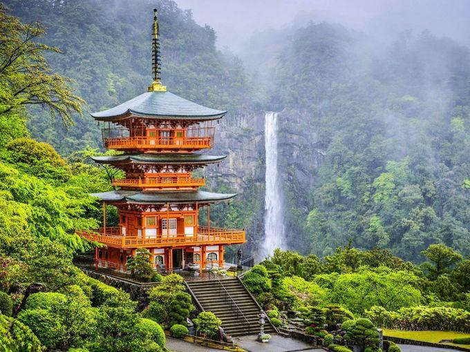 - Visit ancient temples set against spectacular backdrops