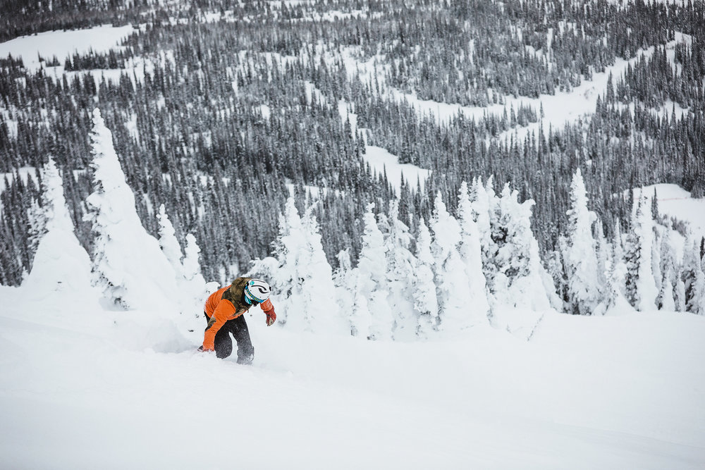 - skiing and snowboarding across canada's premier resorts