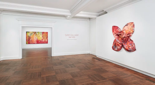 "Installation view of ""Sam Gilliam : 1967–1973"" at Mnuchin Gallery. Photography Tom Powel Imaging. Artwork © Sam Gilliam."