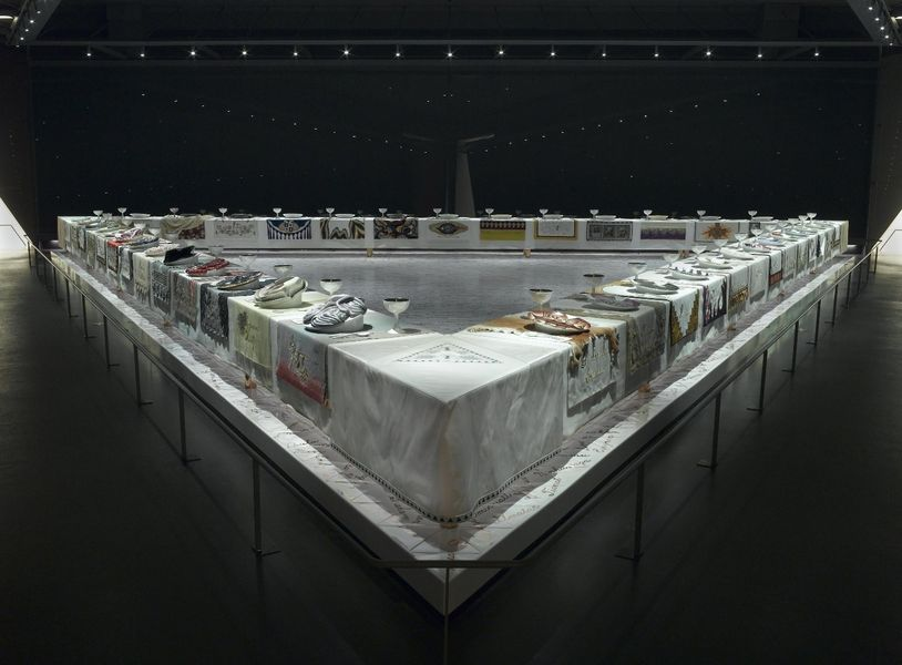 Judy Chicago – The Dinner Party, 1974–79. Ceramic, porcelain, textile, 576 × 576 in. (1463 × 1463 cm). Brooklyn Museum, Gift of the Elizabeth A. Sackler Foundation, 2002.10. © Judy Chicago. (Photo: Donald Woodman)
