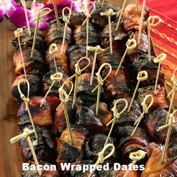 chorizo stuffed dates in bacon.jpg