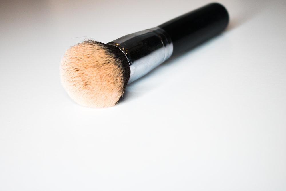 Morphe M439 foundation brush