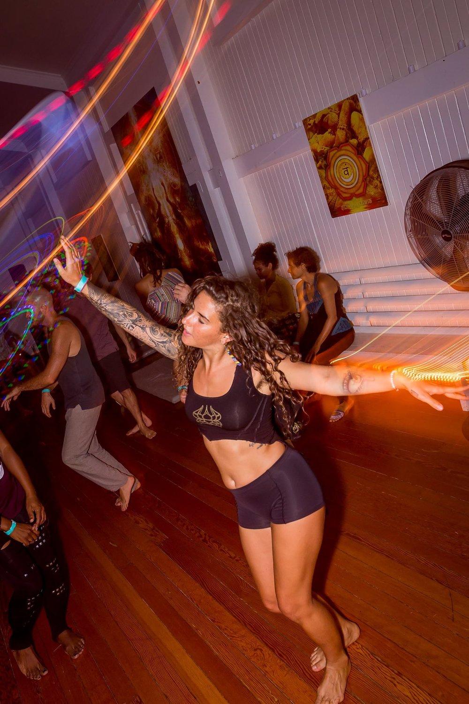 dancer-7.jpg