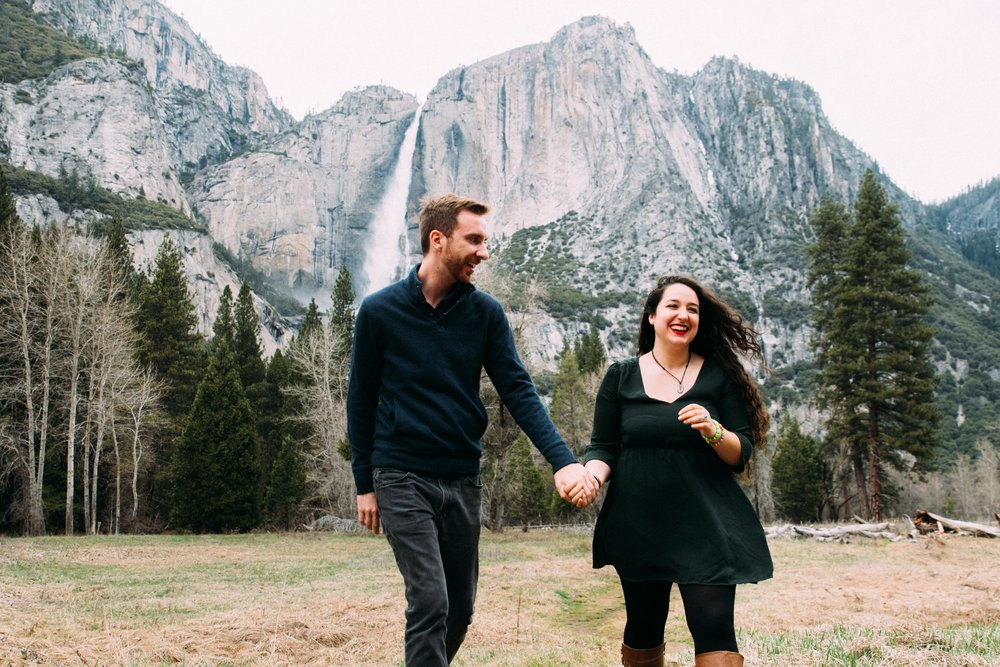 Yosemite Couple Portraits-8.jpg