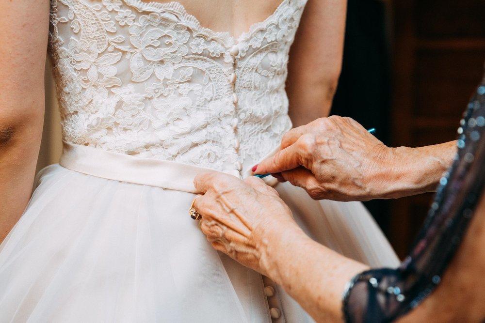 3-Sara_Tom_Getting_Ready_Wedding.jpg