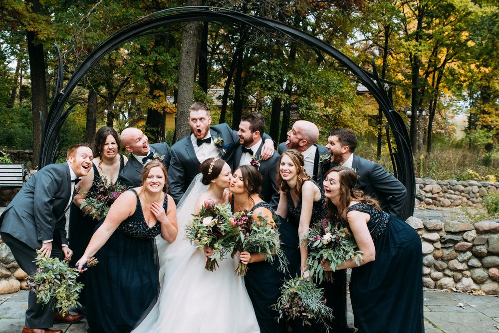 22-Sara_Tom_Wedding_Party_Portraits_Minneapolis_Wedding.jpg