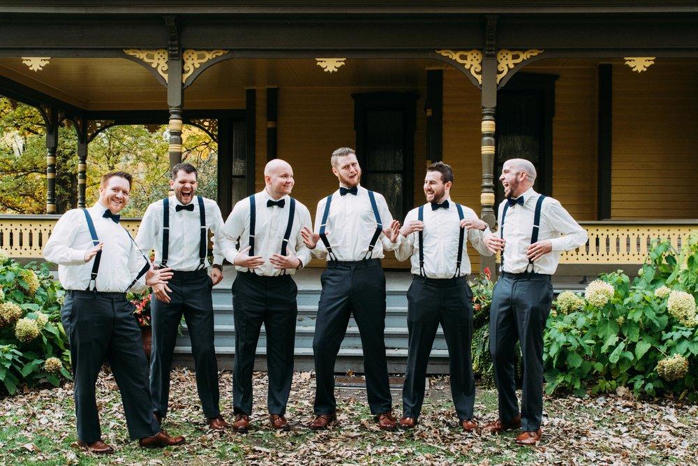 23-Sara_Tom_Wedding_Party_Portraits_Minneapolis_Wedding.jpg
