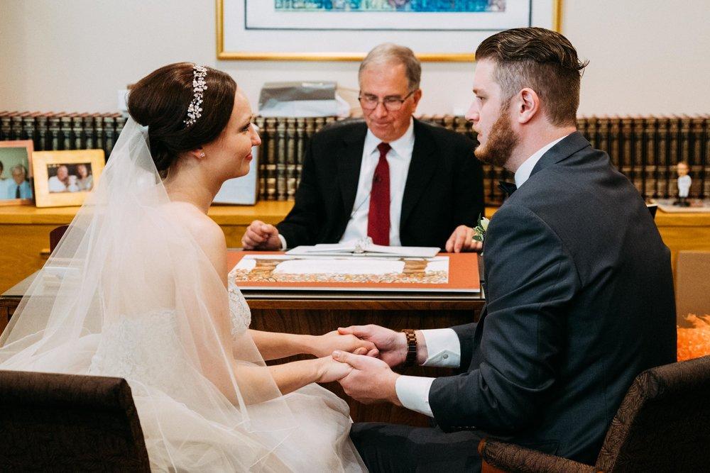 28-Sara_Tom_Minneapolis_Jewish_Wedding.jpg