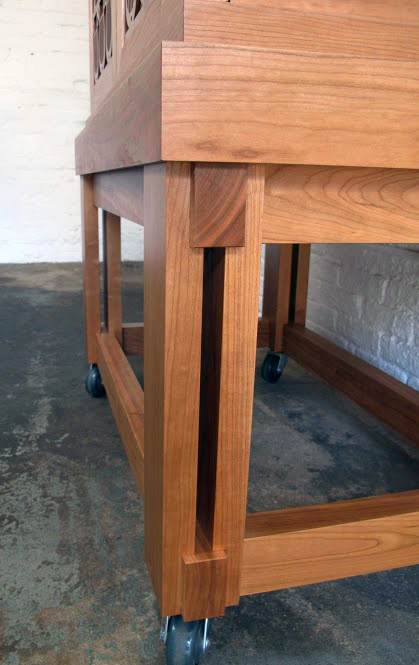 Four Legs Base with Casters for a Two Torah Portable Ark