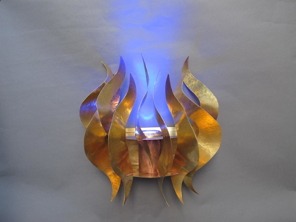 Wall mounted Ner Tamid Flames