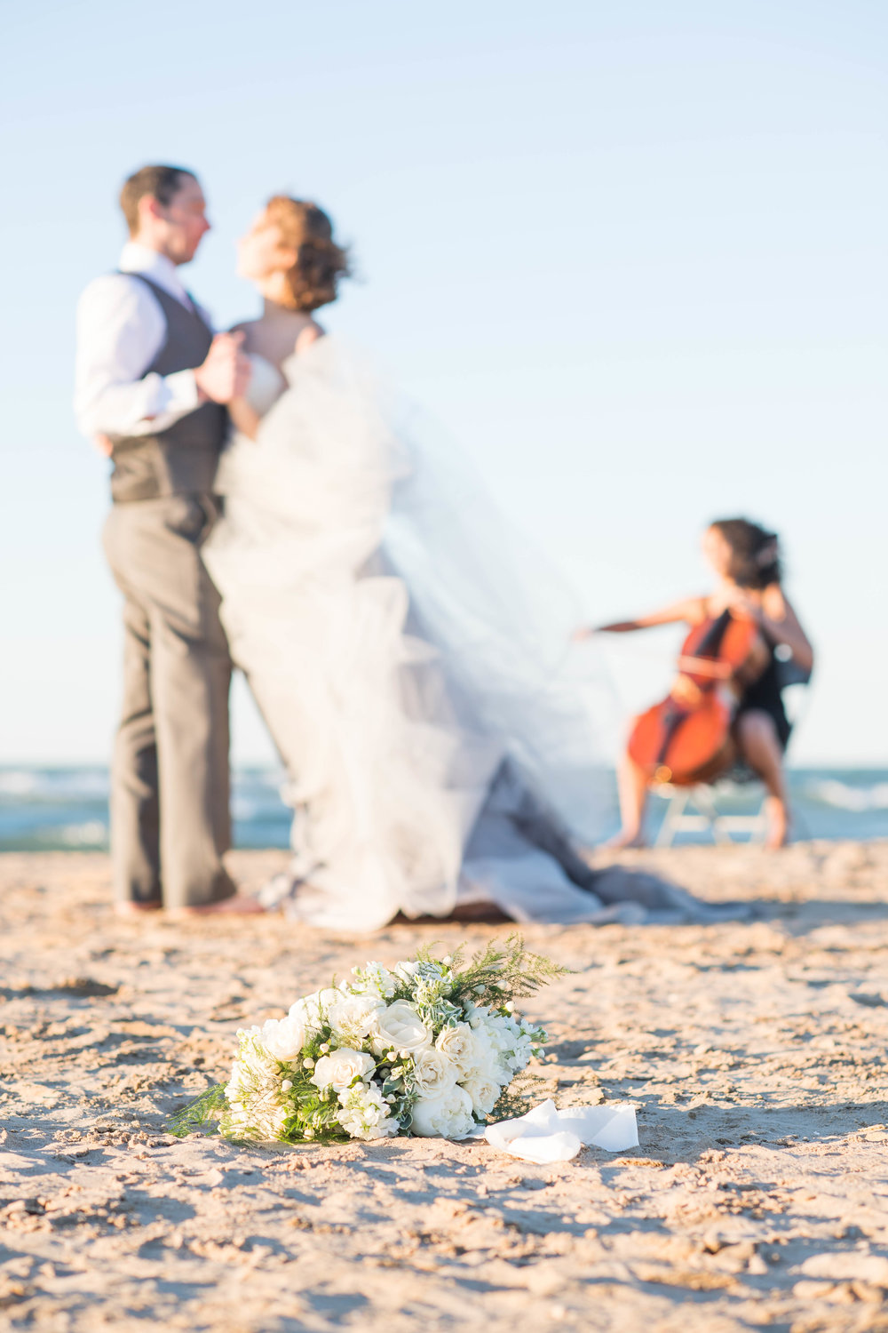 Music-Beach-Inspired-Styled-Shoot-172.jpg