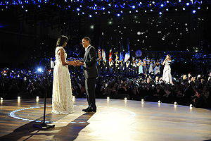 300px-Obamas_dance_at_Neighborhood_Ball_1-20-09_090120-F-9629D-686.jpg