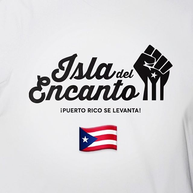 Happy Parade Day, New York!!!! #puertoricoselevanta🇵🇷