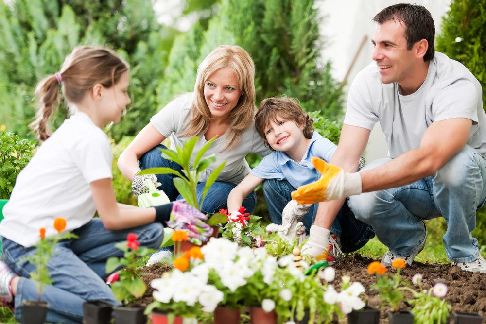 Family-Gardening.jpg