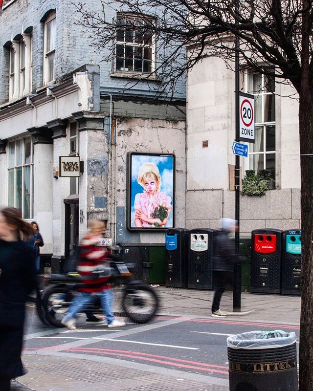 Had the lovely surprise to hear that a picture I shot for @jazminbean, is featured up on the @musmex billboard in London! 🎀 If you're there this weekend, make sure to check it out at 2 Hoxton St, London N1 6NG🥀 _ #musmex #billboard #feature #featurewall #hoxton #london #LA #n1 #photoshoot #jazminbean #onthewall #checkitout #photography #photoshoot #photooftheday #artistsoninstagram #artist #artinlondon #artofvisuals #adolescentcontent #arte #cultcandy #campaignphotography #fashionphotographylondon #🎀 #editorialmakeup #intheclouds